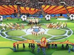 精彩的世界杯开幕式和揭幕战 全因有他们